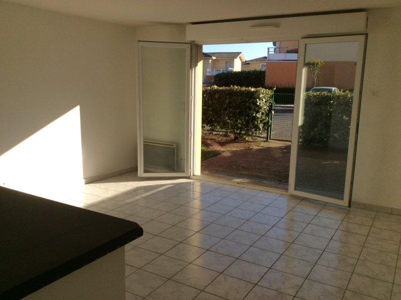 Gradignan – Appartement T2 – 43 m2 avec jardinet et place de stationnement