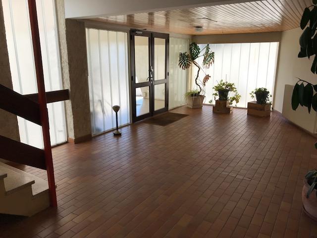 Le Verdon Sur Mer – Marina du Verdon – Immeuble Hotelier à rénover