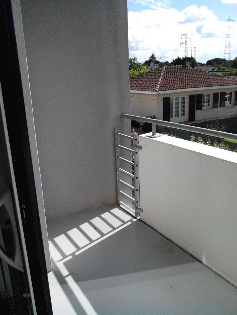 Eysines – Avenue du Médoc – T1 LIBRE  28 m2 avec balcon BEG