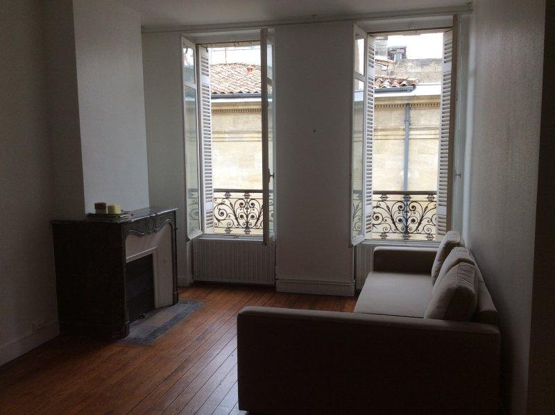 Bordeaux – Chartrons- Superbe T3 de 57 m2