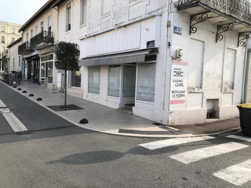 Arcachon Centre – Local Commercial 53 m2 – Libre