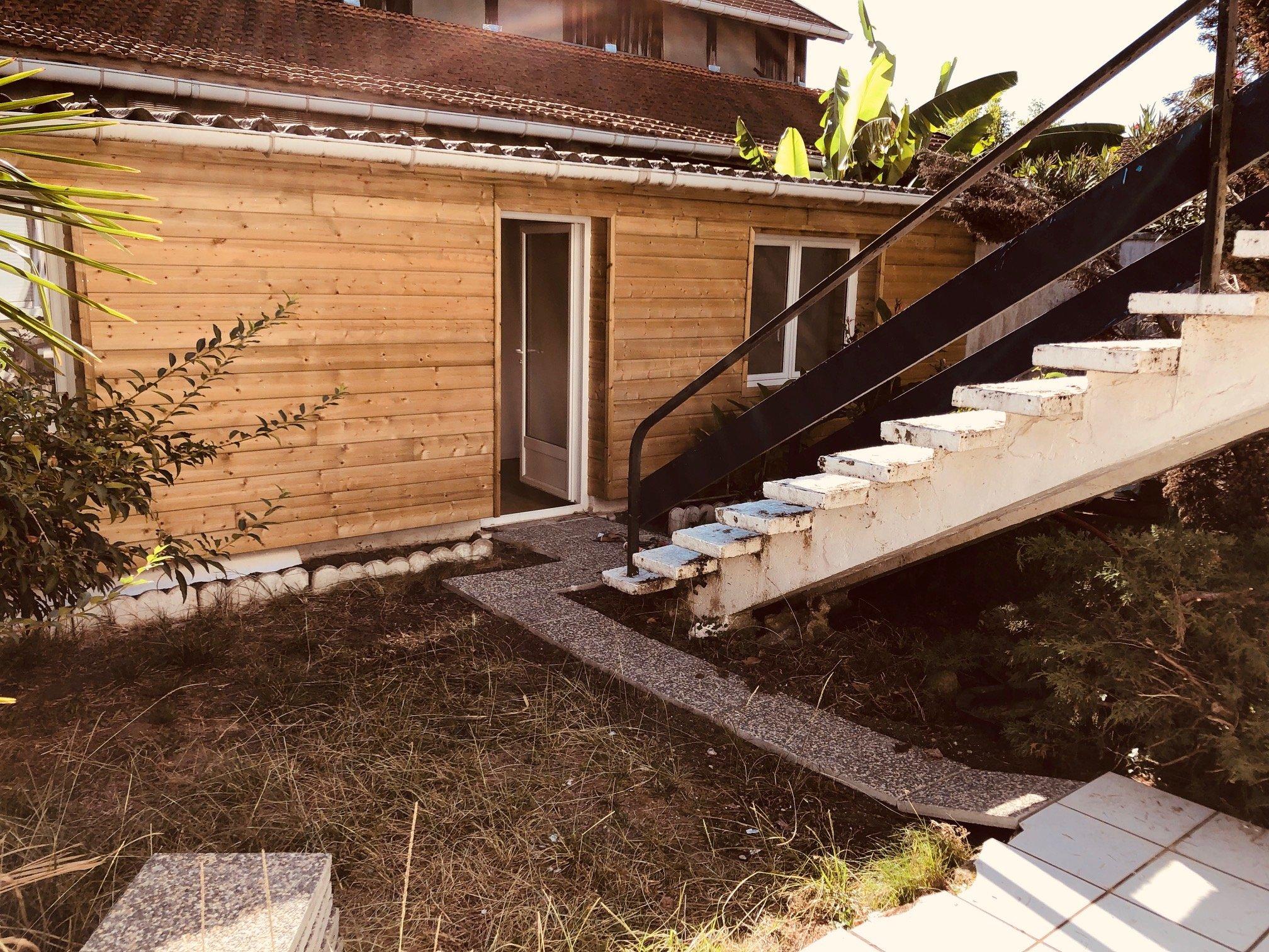 Talence – St Genès – studio en bon état – Eau et électricité inclus