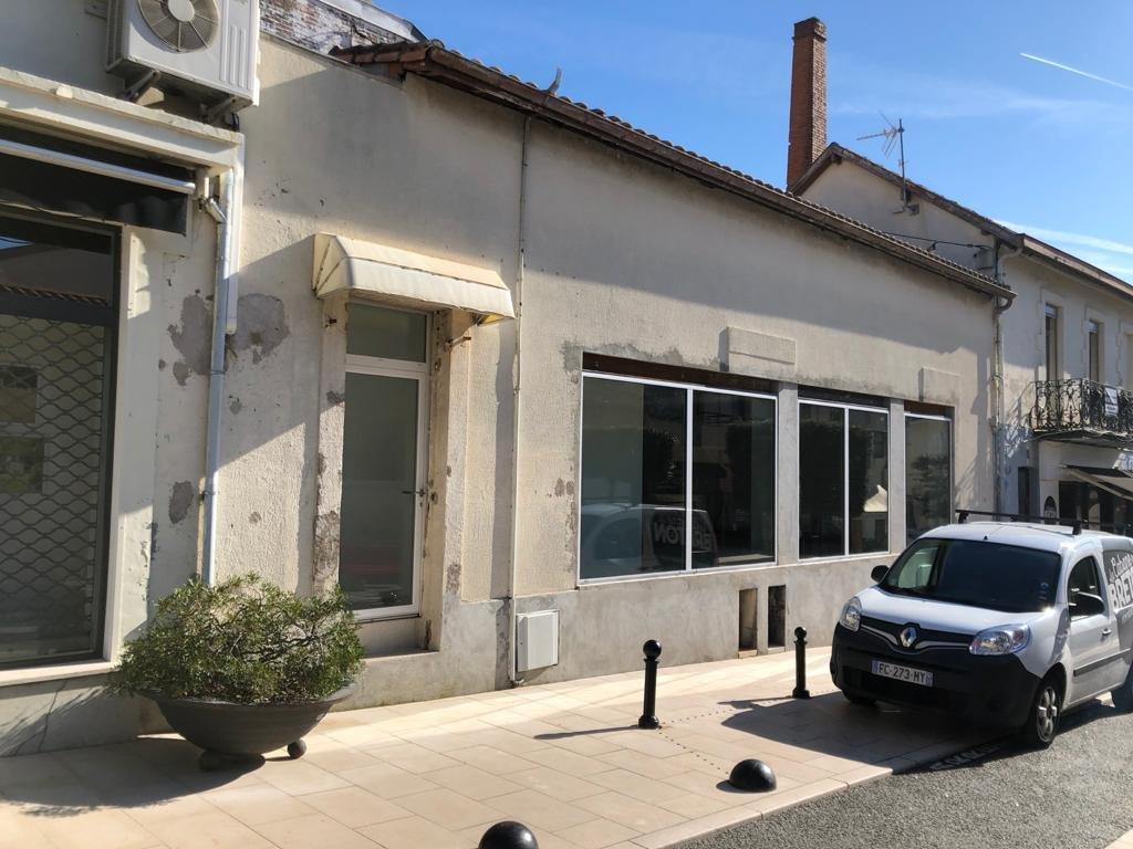 Arcachon – Idéal Bureaux avec vitrine – Emplacement idéal