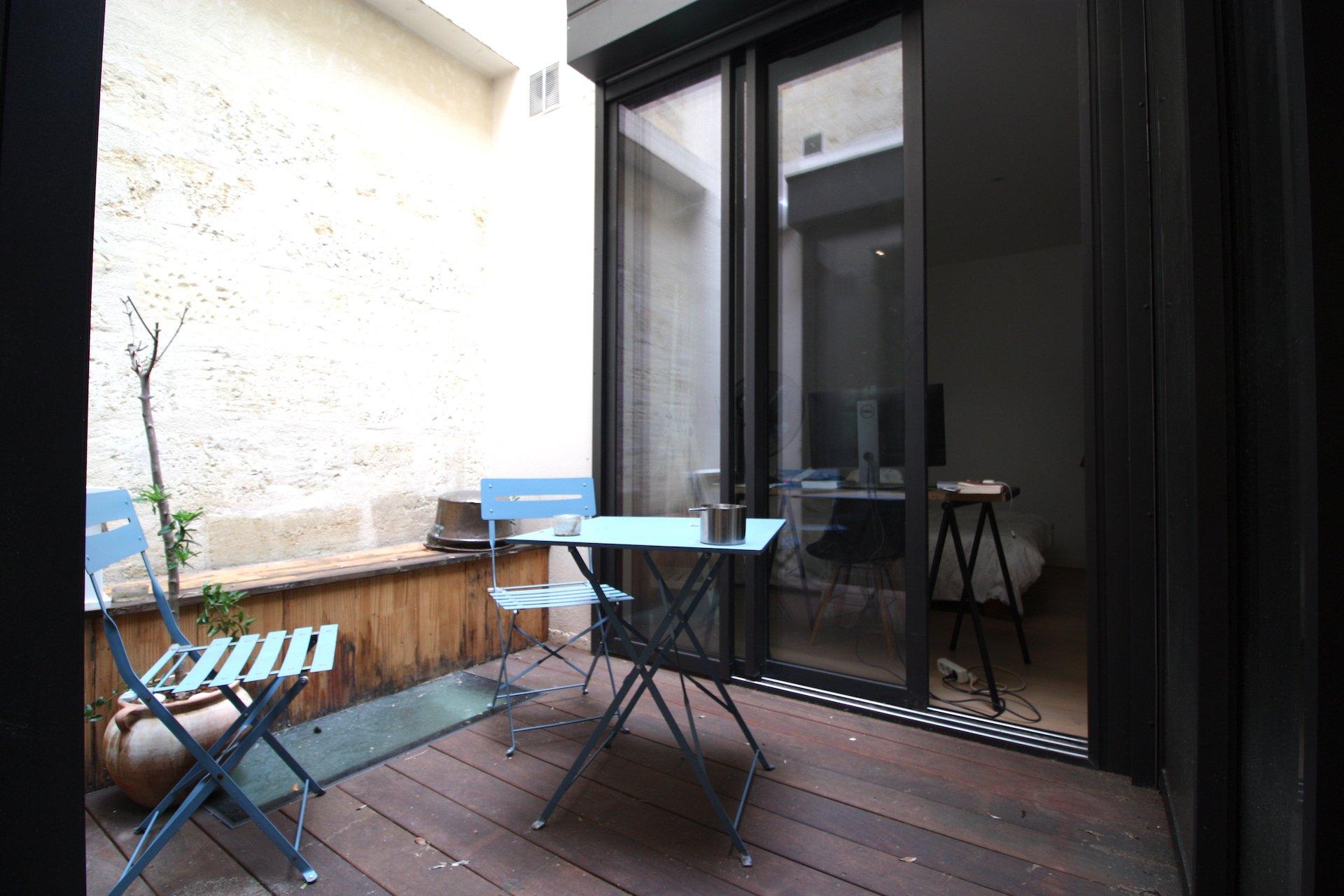 Bordeaux – Jardin Public – Magnifique T2 avec patio