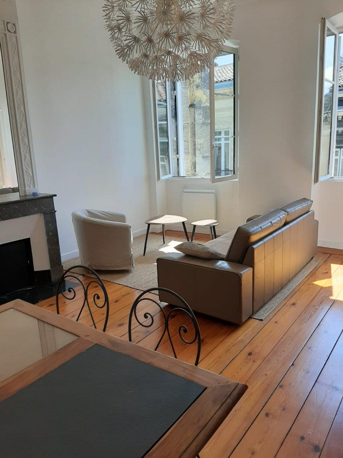BORDEAUX CENTRE Rue Des Trois Conils Appartement T 04 de 94.35 m2 DEDIE A LA COLOCATION  1 CHAMBRE A LOUER