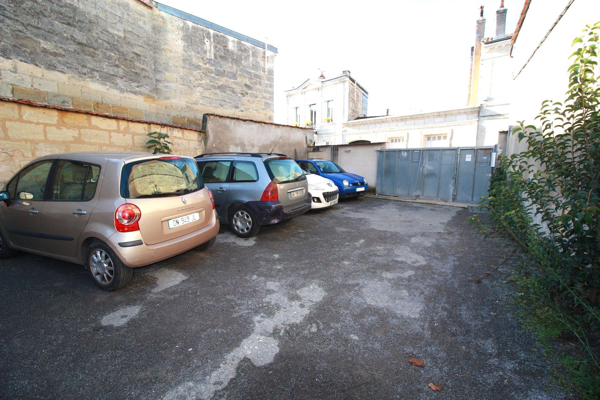 Bordeaux Nansouty – Rue St Jean – Place de parking