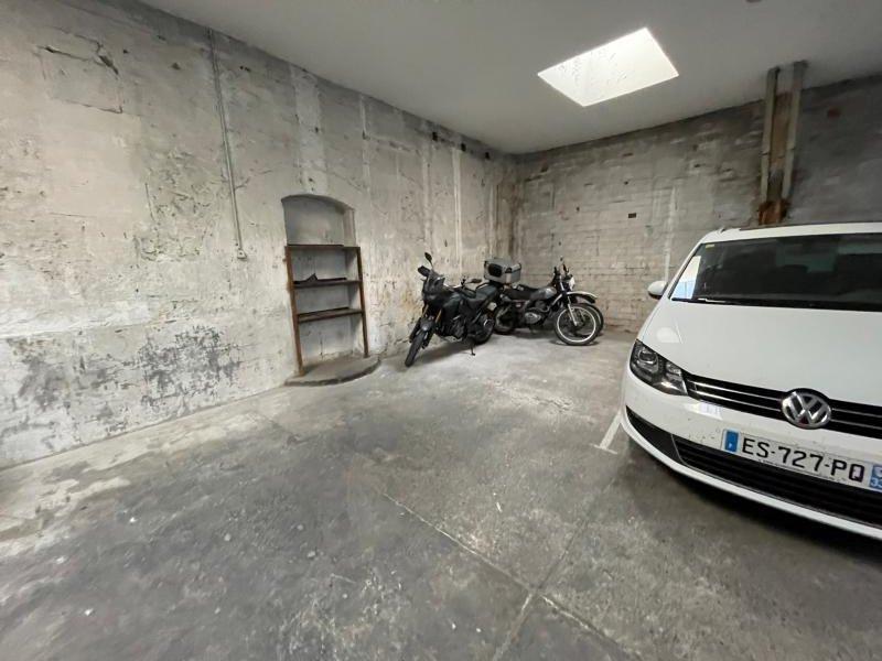 TALENCE – Barrière Saint Genès – Emplacement pour 2 roues couvert et sécurisé
