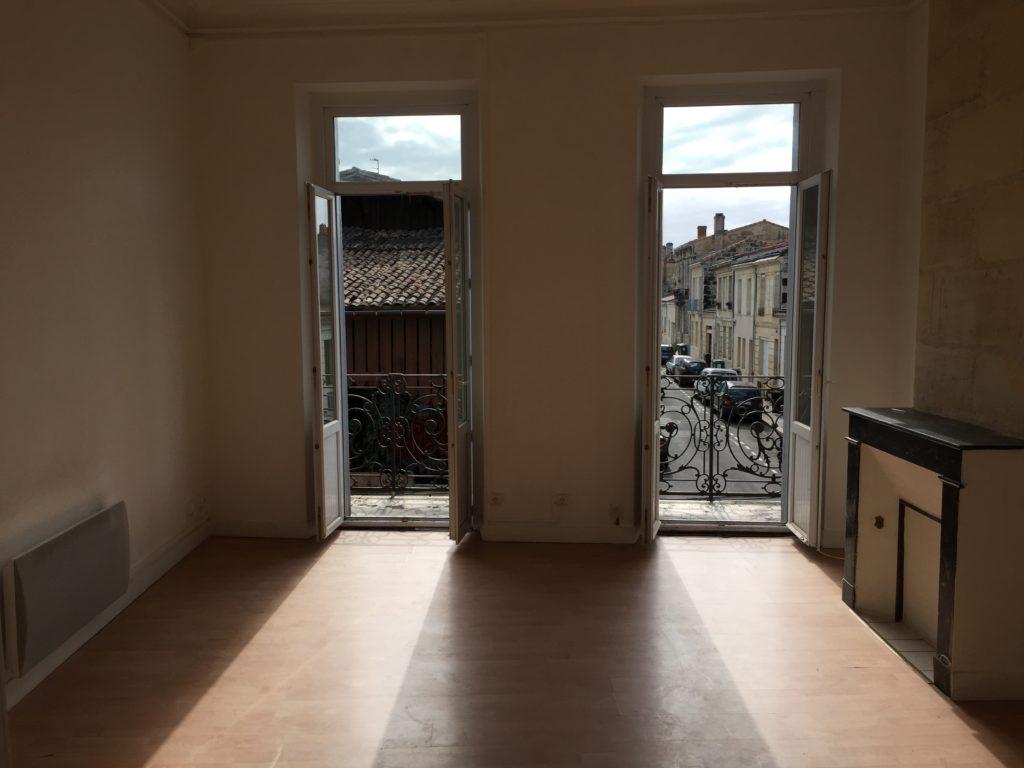 Bordeaux Capucins – Très bel appartement de 78 m2 avec balcon et 3 chambres – Vendu en 2016 Vendu par du Parc Immobilier