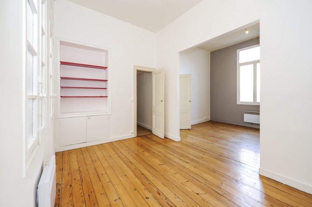 Bordeaux Cours de l'Intendance – Très Joli T2 de 50 m2 – idéalement situé Vendu par du Parc Immobilier
