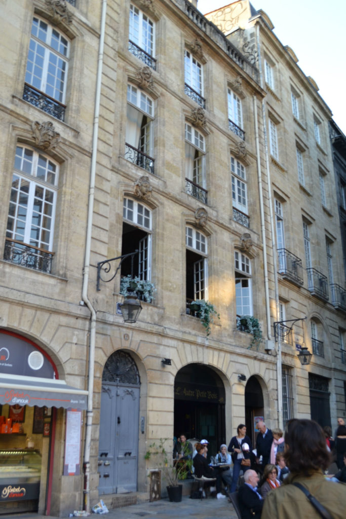 Bordeaux St Pierre – Immeuble en Gestion Locative Vendu par du Parc Immobilier
